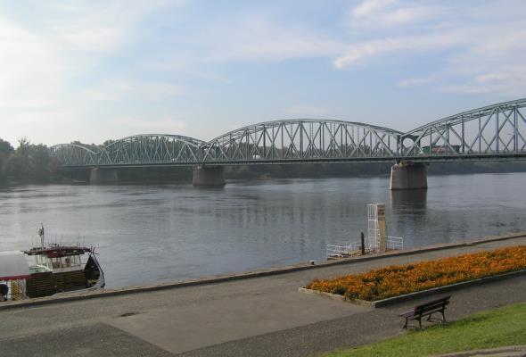 Toruń: Na czas remontu mostu Piłsudskiego stanie tymczasowa przeprawa