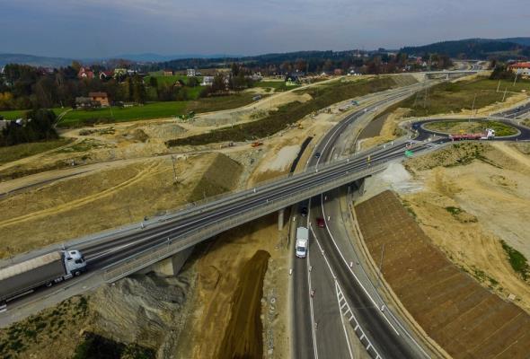 Małopolskie: Zmiany w organizacji ruchu na budowanej S7 węźle Zabornia