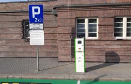 PKP S.A. uruchamia pierwsze stacje do ładowania samochodów elektrycznych