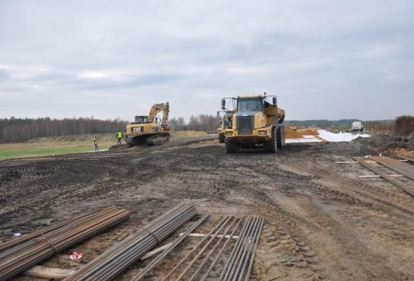 Opolskie: Trwają prace na budowie obwodnicy Myśliny (zdjęcia)
