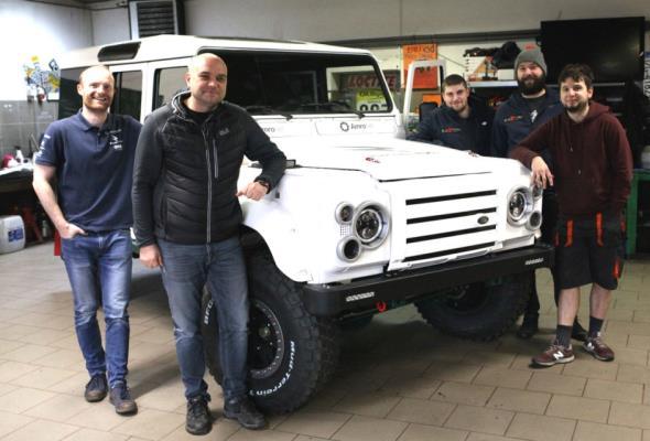 Polacy zbudowali elektryczne auto terenowe