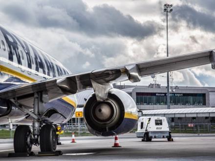 Listopad z ponad 5-proc. wzrostem na Lotnisku Warszawa-Modlin