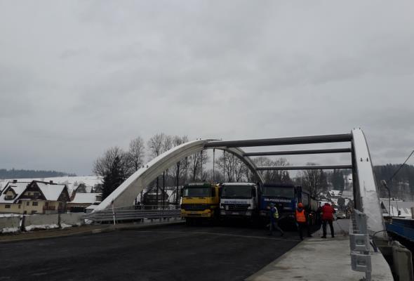 Nowy most na Zakopiance w Białym Dunajcu gotowy do przyjęcia ruchu