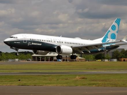 FAA i Boeing z poważnymi zarzutami o certyfikację B737 MAX