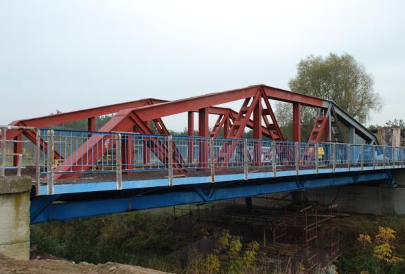 Łódzkie: Pierwszy spawany most na świecie można zwiedzać w Maurzycach
