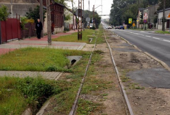 Konstantynów Ł.: ZDW buduje rondo i tor tramwajowy