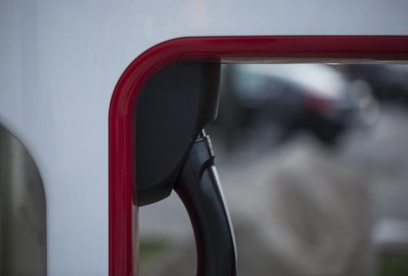 300 tys. elektrycznych aut w 2025 roku – to najbardziej prawdopodobny scenariusz