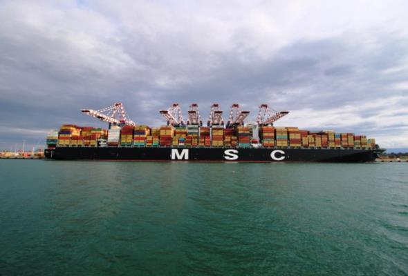 Samsung zbudował największy kontenerowiec na świecie. Będzie pływał również do Gdańska