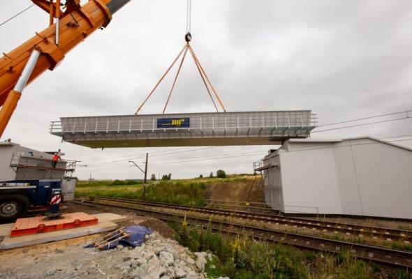 Porr remontuje wiadukt nad torami w Toszku [zdjęcia]
