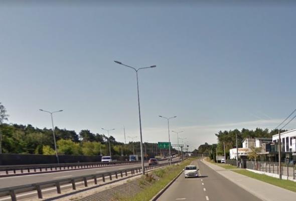 Oferty na południowy wylot z Warszawy w ciągu S7 za miesiąc