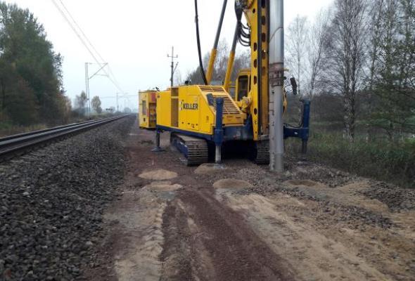Wzmocnienie nasypu czynnej linii kolejowej nr 353