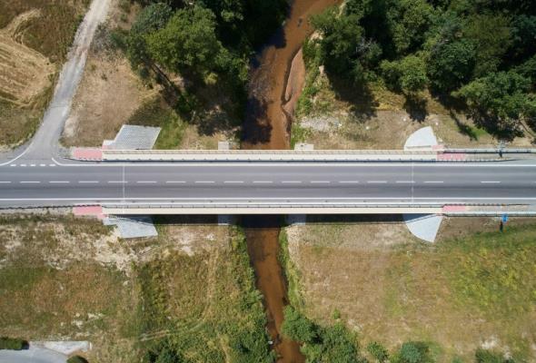 6 chętnych na wykonanie mostu na Sieniawie