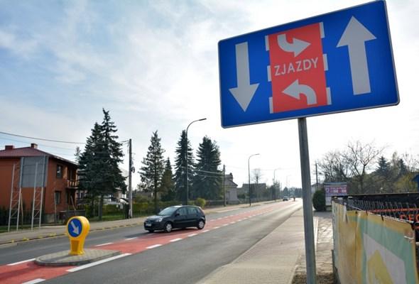 Skierniewice otwierają odcinek DW-705. Ulica z czerwonym pasem do zjazdów