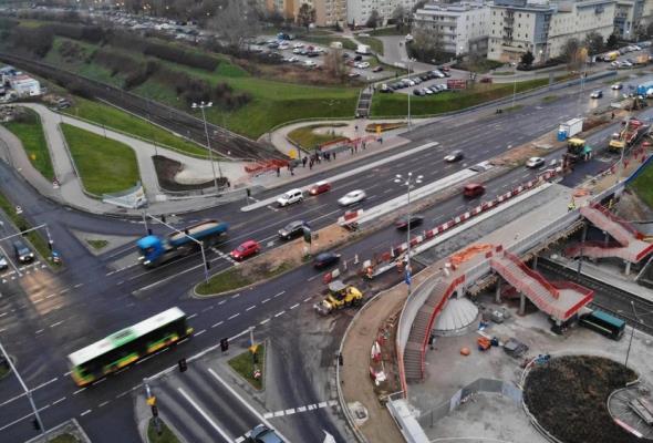 Poznań: Postępy w budowie na piątkowskim wiadukcie