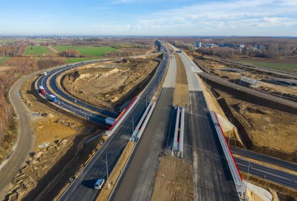 Bliżej zakończenia budowy na A1. Oferty na montaż oświetlenia
