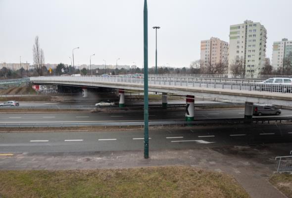 Warszawa. Wiadukt na ul. Ostrobramskiej do remontu