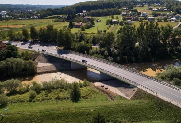 Trzy oferty na budowę mostu i objazdu na odcinku DK-28 Zator – Medyka