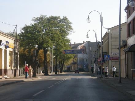Powiat radomszczański: Deficyt oświatowy zmusił do rezygnacji z inwestycji w drogi