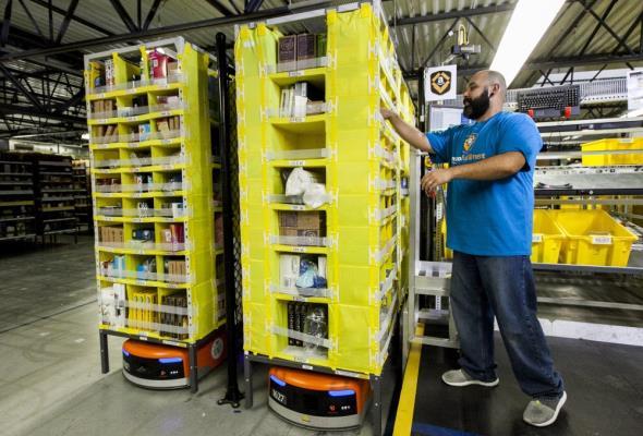 Pracownicy magazynowi w USA i we Włoszech strajkują z powodu epidemii