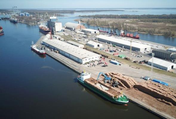 Porty Szczecin i Świnoujście. Rekordowe przeładunki zboża, reszta na minusie po I kwartale
