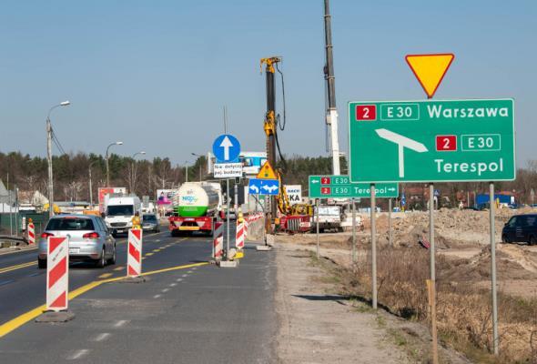 Co się dzieje na S17 w stronę wschodniej granicy