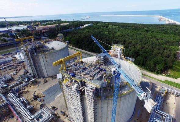Jest komplet decyzji na rozbudowę terminalu LNG w Świnoujściu