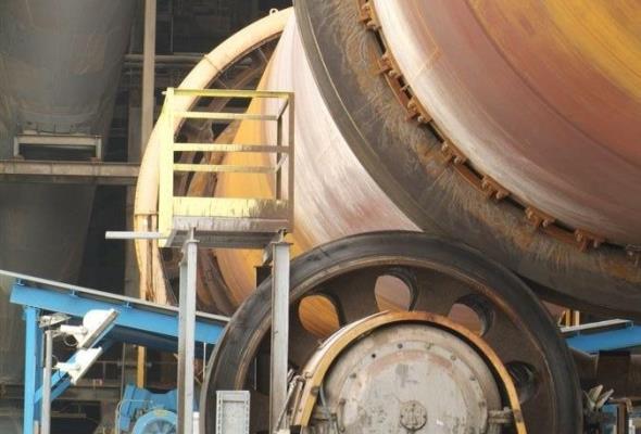 Branża cementowa chce zredukować emisję CO2 o 40 proc. do końca dekady. Jest mapa drogowa