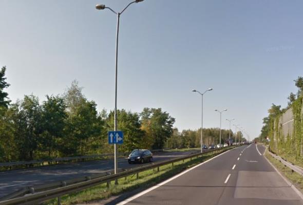 Katowice. Zamknięta DK-86. Woda uszkodziła wiadukt