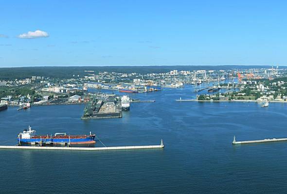 W Porcie Gdynia przeładunki paliw płynnych z tendencją wzrostową