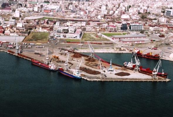 Jeden pas, jedna droga. Port Saloniki otwiera się na Chiny