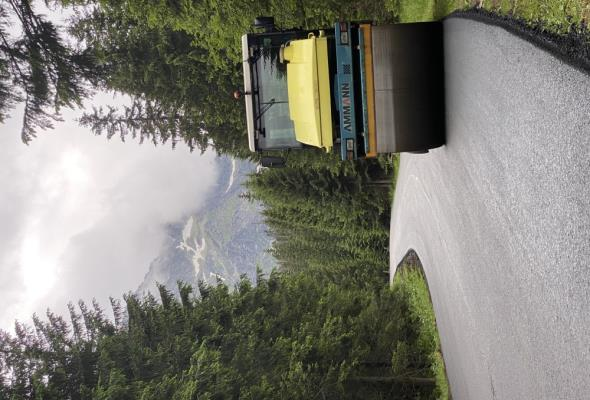 Lotos dostarczył asfalt na drogę do Morskiego Oka