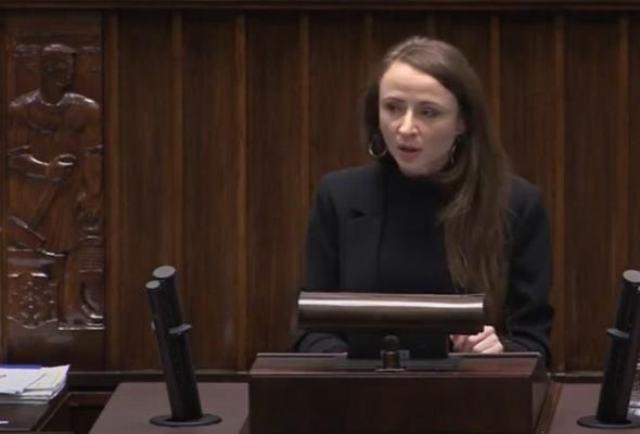 Dziemianowicz-Bąk apeluje o nowelizację prawa o ruchu drogowym