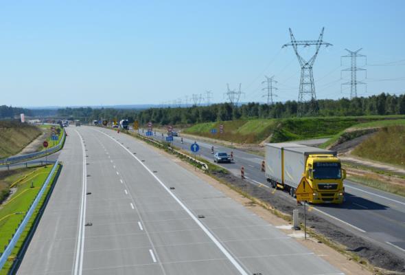 Kierowcy pojadą nową nawierzchnią A1 na odcinku Kamieńsk − Radomsko