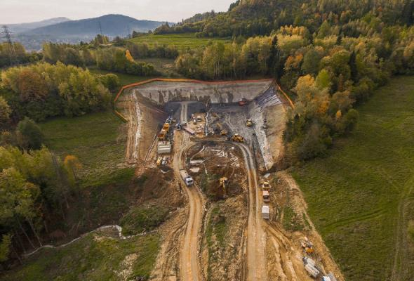 Rusza drążenie tuneli na S1 obejściu Węgierskiej Górki