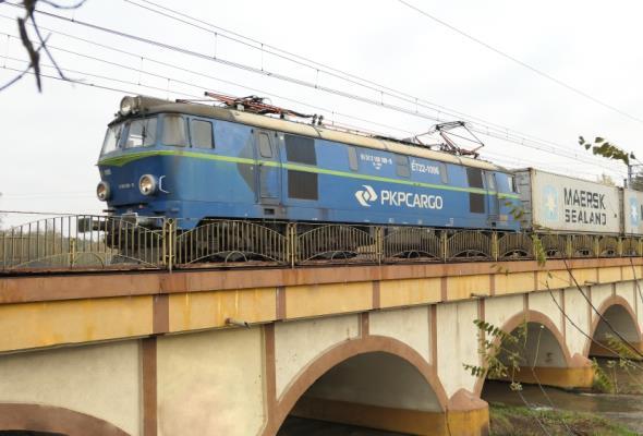 Ponad 4 tys. pociągów intermodalnych w pięć lat