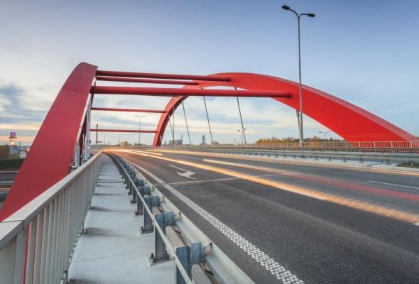 Ponad 475 milionów złotych z UE na projekty kolejowe i drogowe