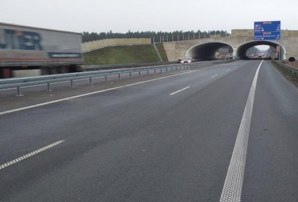 Na A6 Szczecin Dąbie – Rzęśnica dostępne są dwie jezdnie