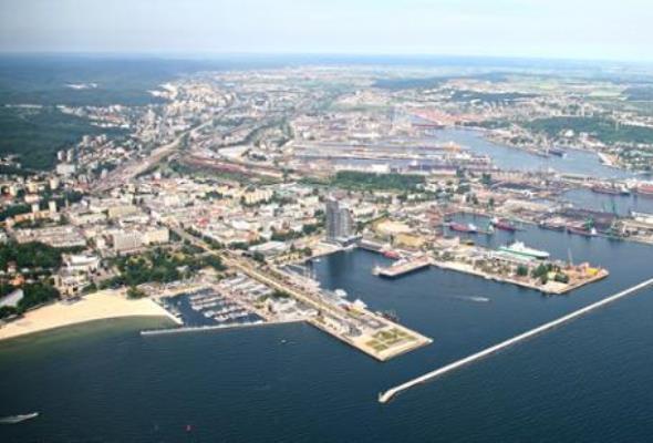 MI: Miliony z obligacji na inwestycje dla Portu Szczecin-Świnoujście i Portu Gdynia