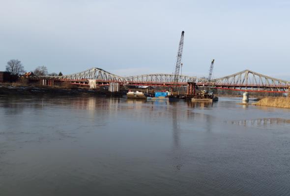 Most tymczasowy w Ścinawie prawie gotowy
