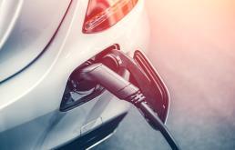 Elektromobilność. KE zatwierdziła 3 mld euro dla przemysłu bateryjnego