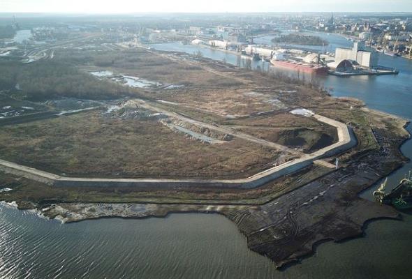 Port Szczecin. Widać postępy w modernizacji Kanału Dębickiego