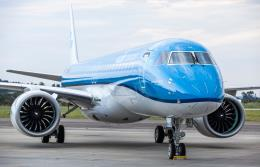 KLM: Najnowszy E195-E2 w swój pierwszy rejs poleci do Warszawy