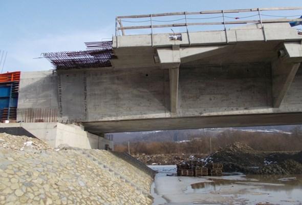 Małopolskie. Most w Kurowie  połączył dwa brzegi Dunajca