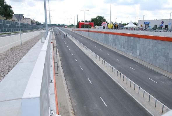 Łódzkie: Jakie prace rozpoczną się na drogach wojewódzkich w 2021 r.?
