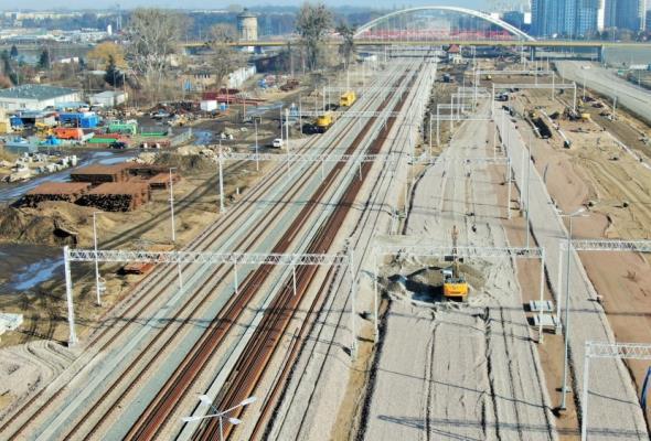 Łatwiejszy dojazd koleją do portu Gdańsk. Powstaje nowy wiadukt