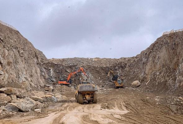 Dolny Śląsk. Widać postęp przy budowie tuneli na S3