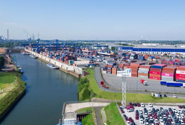 PKP Cargo Connect uruchamia połączenia operatorskie do Wielkiej Brytanii przez Duisburg