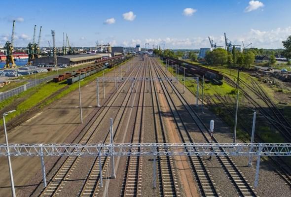 Rozbudowa torów w Szczecinie już za półmetkiem