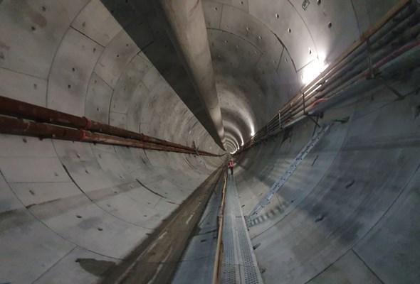 Tunel w Świnoujściu na półmetku