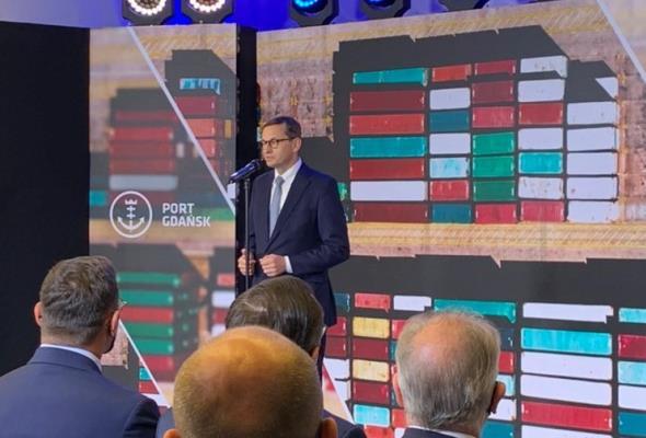Morawiecki: Krok do zbudowania w Gdańsku pierwszego portu na Bałtyku